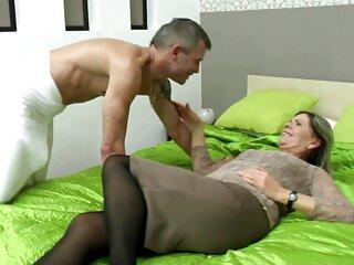 دختر تاجیکی از یک ضرب و شتم درجه یک یک پسر اروپایی شوکه شده سکس سینمایی خارجی است