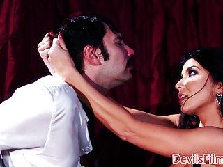 همسر شوهرش را غسل می داد سکس خارجی دانلود ، ناگهان یکی از اعضا از خواب بیدار شد و مجبور شد با صابون خودارضایی کند و با اسپرم روی صورت خود را تمام کند