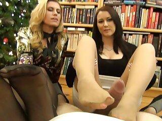 دو زیبا یک زن چاق با دوشیدن بزرگ ، یکی استراپون را که دومین دانلود فیلم سکسی داستانی با لینک مستقیم روی آن نشسته پیچ می کند