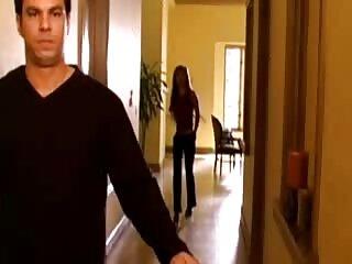 فروشنده Tele2 وقتی لباسش را پشت پیشخوان عوض کرد ، دستگیر شد دانلود فیلم سکسی خارجی باکیفیت