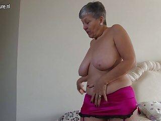 مربی یک درس عملی به زن نشان می دهد دانلود فیلمهای سکسی خارجی جدید ، یک فاق شیطانی را روی زمین می اندازد