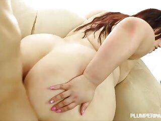 dzhigit دانلود سکس جدید خارجی مسلمان به آرامی گربه مرطوب یک زن قفقازی نشسته بر روی لگن او را می بوسد