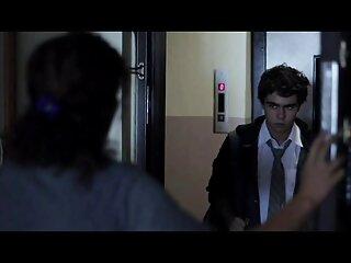 در یک نگاه خنک ، یک مرد کچل دانلود فیلم سکسی خارجی با لینک مستقیم با فضیلت آسان دو دختر را خشنود می کند