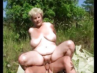 ماریا در دانلود فیلم سکسی خفن خارجی رختخواب گرم است