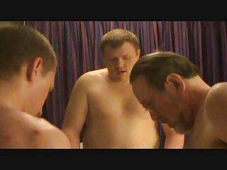 دو مرد به موهای قهوه ای رنگی که در دو شرع آبدار بود سیلی دانلود فیلم سکسی خارجی با لینک مستقیم زدند و به قسمت مقعدی و واژن نفوذ کردند