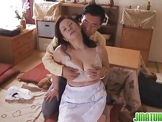 تالیا و سه پایه فیلم سکسی صحنه دار خارجی اش
