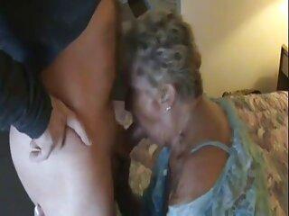 دوست پسر دختر خودش را دانلود رایگان سکس خارجی داد تا در آشپزخانه کوچک روی صندلی قدیمی عاشقانه عاشق شود و دستشویی را بدون شلوار ترک کند