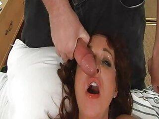یک زن در ساحل را دانلود فیلم سکسی خارجی با لینک مستقیم با سگش که الاغش را بیرون می کشد دم می زند ، نسیم دریا به عاشقانه جنسی می افزاید