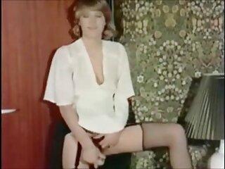 پسر بی ادب و دوست او به مادرش پیشنهاد داد که برای دریافت پول سینه ها دانلود رایگان فیلم سکسی خارجی را نشان دهد و شیرجه را روی آلت تناسلی مرد بگذارد
